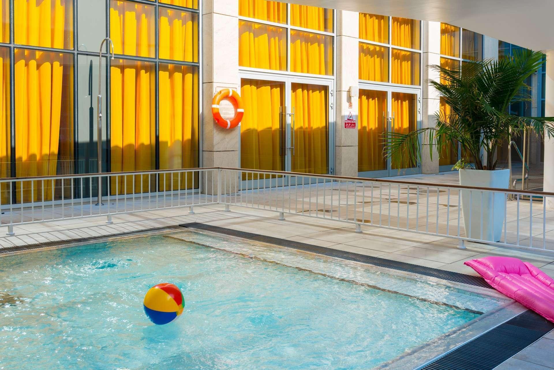 Pool Herods Herzliya Hotel